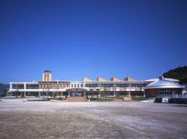 湧水町立吉松小学校